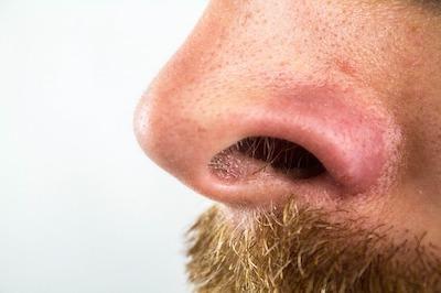 ヒゲ&鼻毛